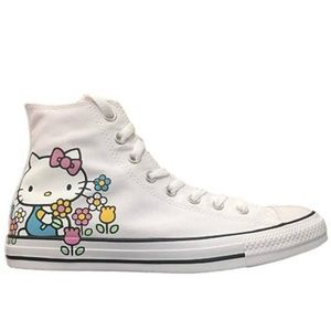 NEW Converse Hello Kitty Fashion Sneaker